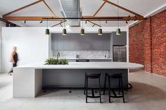 Design Studio is a minimalist space located in Melbourne, Australia, designed by Studio 103 Home Office, Best Office, Office Interior Design, Office Interiors, Workspace Design, Modern Interior, Polished Concrete Flooring, Design Minimalista, Red Brick Walls