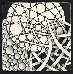 Enthusiastic Artist: VennTangle challenge nZeppel, Hollibaugh,