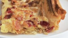 Bacon and Egg Casserole Like quiche, this savory brunch dish has a custard filling; using frozen puff pastry instead of traditional pie dough makes it even simpler to prepare. Bacon And Egg Casserole, Breakfast Casserole Easy, Easy Casserole Recipes, Savory Breakfast, Bacon Recipes, Breakfast Dishes, Breakfast Recipes, Cooking Recipes, Bacon Egg