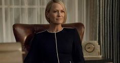 Claire Underwood is running into some resistance as the first female president in the latest House of Cards Season 6 trailer. House Of Cards Season 6, Orange Pencil Skirts, Female Presidents, Robin Wright, Woman Movie, Classic Films, Cut And Style, Capsule Wardrobe, Pretty Woman