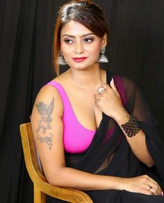 Indian Model Twinkle Kapoor latest photos in black transparent saree and pink sleeveless blouse Beautiful Girl Indian, Beautiful Girl Image, Most Beautiful Indian Actress, Beautiful Figure, Beautiful Women, Beauty Full Girl, Beauty Women, Star Beauty, Face Beauty