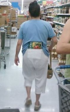 How To Keep Cool in the Summer with Frozen Frozen Food at Walmart - Butt WTF - Funny Pictures at Walmart