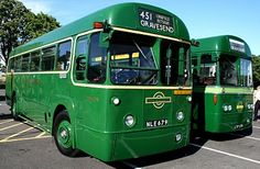 Love these green buses! They remind me of my youth in design but not the colour