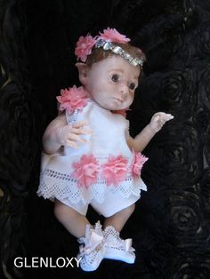 This gorgeous Fae baby has been created by  BABY BANTER  member Andama Dujon for Faeries of the Glen using a Jasper sculpt by Denise Pratt