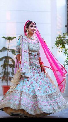 Indian Wedding Wear, Indian Bridal Outfits, Indian Dresses, Bridal Dresses, Indian Lehenga, Bridal Lehenga Choli, Banarasi Lehenga, Lehenga Hairstyles, Lehenga Collection