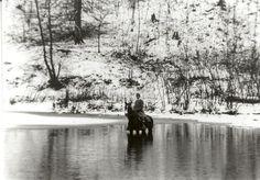 Nurse Crossing the River. Now this is rural home health nursing! Appalachian People, Appalachian Mountains, Vintage Nurse, Vintage Medical, Nurse Pics, History Of Nursing, Old Hospital, Nursing Notes, Local Attractions