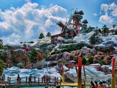 Discover the largest wave pool in North America, family-friendly water activities, enjoyable dining, Character experiences and more at Disney's Blizzard Beach Water Park and Disney's Typhoon Lagoon Water Park at Walt Disney World Resort in Florida. Orlando Parks, Orlando Vacation, Vacation Resorts, Florida Vacation, Florida Travel, Beach Resorts, Orlando Florida, Florida Usa, Orlando Usa