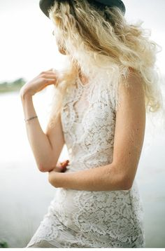 A Wedding Dress – Tender Fascination by Ivory Isle and Kalinkaphoto Dress Hairstyles, Wedding Hairstyles, Chiffon, Bridal Gowns, Wedding Dresses, Brie, Bridal Style, Fascinator, Trends