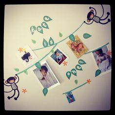 Monkey Banner displays photos and memorabilia too!