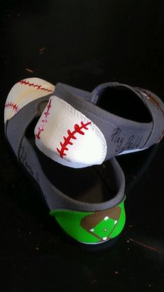 Decorating toms for baseball season or softball cuz softballs are white too