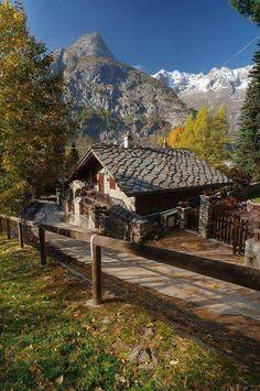 Courmayeur, Valle d'Aosta, Italia