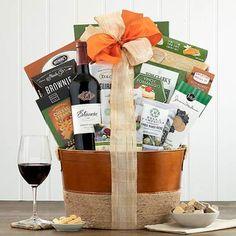 Wine Gift Baskets - Cabernet Wine Gift Smoked Gouda Cheese, Wine Gift Baskets, Cheese Spread, Wine Gifts, Birthday Celebration, Chocolate Chip Cookies, How To Make, Wine Baskets, Chocolate Cookies