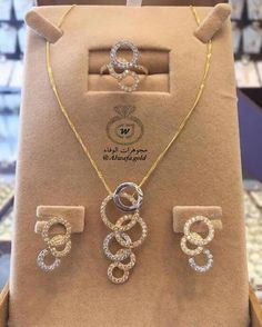 """Check out our site for additional information on """"buy diamond ring"""". It is actually a great place to get more information. Gold Ring Designs, Gold Earrings Designs, Gold Jewellery Design, Necklace Designs, Gold Jewelry Simple, Trendy Jewelry, Fashion Jewelry, Women's Jewelry Sets, Dimonds"""