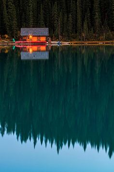 Calm and reflections (Canada) by Gleb Tarro