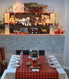 Plaid guest table fr