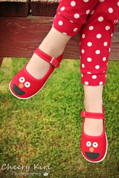 Elmo shoes  Hand painted red monster inspired by Snanimals on Etsy #etsy