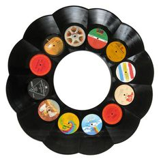Looking for cool mirrors & other unique wall decor for your home bar or man cave? Then check out the LP Record Recycled Vinyl Wall Mirror. These cool mirrors are hand-made from a selection of 12 real vintage recycled Rock, Soul, or Jazz LPs. Vinyl Record Crafts, Old Vinyl Records, Record Art, Record Decor, Vynil Records, Record Player, Vinyl Decor, Vinyl Art, Lp Vinyl