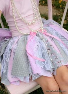 Fabric Scraps Tutu Skirt that could be maid in multiple colors of lavenders, yellows with a mixture of floral patterns if it is chosen over the tulle tutu. Fashion Kids, Diy Fashion, Lolita Fashion, Fashion Clothes, Cheap Fashion, Womens Fashion, Rag Skirt, Diy Tutu Skirt, Tutu Skirts