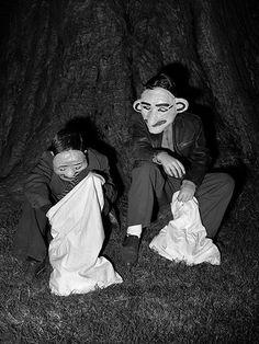 Whether it's film noir or photography, Stan Douglas never stays still. Vintage Halloween Photos, Halloween Pictures, Vintage Photos, Vintage Holiday, Creepy Halloween, Fall Halloween, Halloween Costumes, Costumes D'halloween Vintage, Stan Douglas