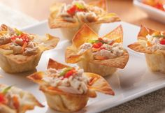 Wasabi Tuna Salad Cups Recipe (The wonton cups make a fun and fancy appetizer but the salad works well in a sandwich too! Seafood Recipes, Appetizer Recipes, Appetizer Ideas, Chicken Recipes, Wonton Cups, Phyllo Cups, Tuna Lettuce Wraps, Salad Works, Fancy Appetizers
