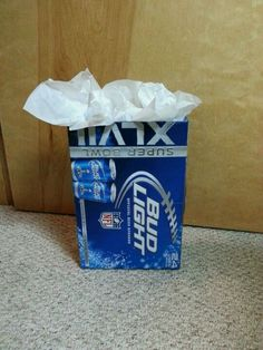 "The ""man's gift bag"".... haha! love this idea for wrapping"