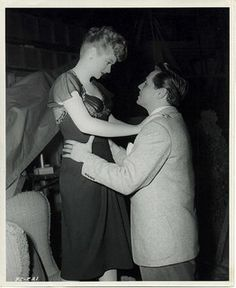 Loving look between Lucille Ball and Desi Arnaz