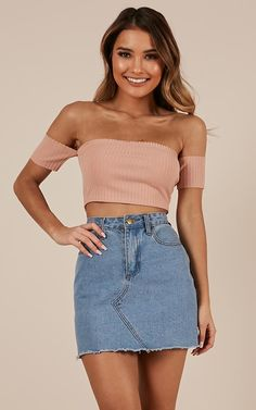 Yes Girl crop top in blush, Summer Outfits, Yes Girl crop top in blush. Crop Top Outfits, Skirt Outfits, Teen Fashion Outfits, Trendy Outfits, Fashionable Outfits, Fashion Clothes, Fashion Dresses, Womens Fashion, Crop Top Elegante