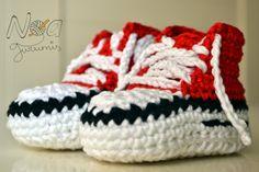 Botitas converse crochet para bebé - Baby crochet booties converse by Noagurumis