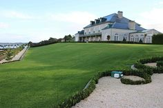 Campbell Point House - A luxury wedding venue - Emilia Rossi
