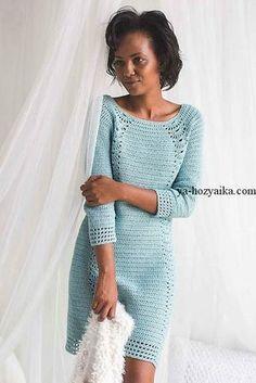 Платье крючком с ажурными вставками. Каталожная модель платья крючком схемы и описание