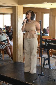 Me sitting in the background listening to Mary Mary's (Erica Campbell) Sing unto God's Glory... I was so blessed!