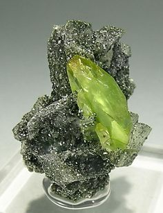 Titanite with Clinochlore