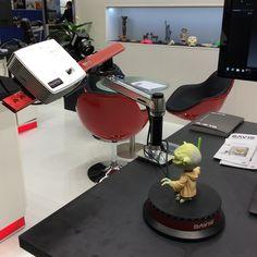 David SLS-2 3D-skanneri ja automaattinen pyörittävä pöytä uutuus.