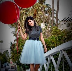 Space 46 dove gray tulle skirt, black polka dot top, balloon birthday outfit, street style fashion, bow belt, classy ladylike look