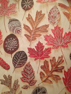 Autumn art- press leaves in a book for 10 days then draw with metallic pen or glue and glitter then mod podge for firmness #familyfunmag