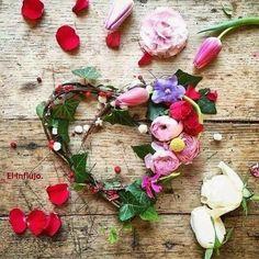 """Si en nombre del amor debo restringir mi libertad de expresión, bloquear mis pensamientos y sentimientos legítimos o decir lo que no pienso para o afectar el equilibrio de la relación o para no crear """"malestar"""" en el otro, mi vínculo estará regido por el sometimiento y la prohibición. No busques encadenarte a un corazón , prefiere volar con quien elijas hacia un horizonte común. Walter Riso. El influjo."""