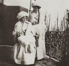 Olga and Tatiana the Big Pair