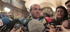 De Guindos rechaza suprimir entidades bancarias y desdice a Luis Linde.  | Agencias