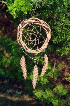 Clear Skies  Rustic Forest Dreamcatcher von FrolicInTheForest
