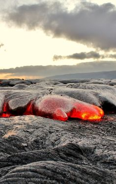 "Lava Big Island, Hawaii - Anyone remember the old movie, ""The Blob? Volcan Eruption, Hawaii Volcano, Lava Flow, Big Island Hawaii, Hawaiian Islands, Natural Wonders, Science Nature, Wonders Of The World, Mother Nature"