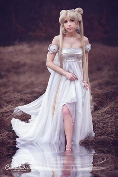 Princess Serenity (NEW) I by Cosbabe Follow us on Twitter - http://twitter.com/hotcosplaychick