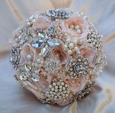 Gorgeous! Taking antique broaches & putting them together to make bouquets or anything else. etsy.com