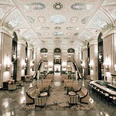 Palmer House, Chicago One of of favorite places. Dream wedding location, heck even the lobby is awesome Design Hotel, Lobby Design, Restaurant Design, Commercial Design, Commercial Interiors, Interior Architecture, Interior Design, Casas Interior, Building Architecture