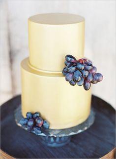 54 Yummy Vineyard Wedding Cakes And Cheese Towers Wedding Sweets, Elegant Wedding Cakes, Cool Wedding Cakes, Wedding Cakes With Cupcakes, Cupcake Cakes, Fondant Cakes, Wedding Bride, Fall Wedding, Casual Wedding