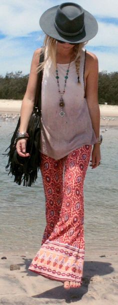 i love this look. palazzo pants  a loose tank are so effortlessly stylish.