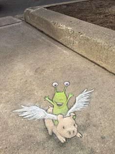 David Zinn , yes! David Zinn, Street Art Banksy, 3d Street Art, Street Artists, Amazing Drawings, Amazing Art, Sidewalk Art, Chalk Drawings, Yarn Bombing