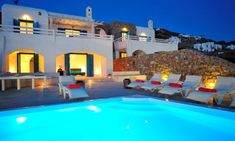 Villas in Mykonos : All villas, suites and 5 star hotel suites in Mykonos included in our portfolio are professionally inspected to make sure all our standards are met. Mykonos Town, Mykonos Greece, 9 Bedroom Villa, Super Paradise Beach, Mykonos Island, Resort Villa, Beautiful Villas, Hotel Suites, Luxury Holidays