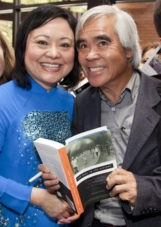 """Kim Phuc and Photographer Huynh Cong """"Nick"""" Ut No one who remembers Vietnam will ever forget them. Napalm Girl, Sam Cannon, Turning 40, School Jokes, 9 Year Olds, Vietnam War, Troops, Girl Photos, Photo S"""