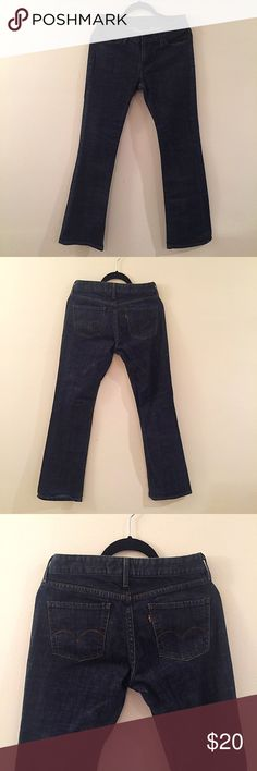 🎄BOGO 50% OFF 553 MidRise Levi Dark Bootcut Jeans Dark wash Levi's Jeans 📫 I usually ship within 2 business days (I will notify you of any delays on my end) ⛄️This item will be shipped from Massachusetts  and can only be bundled with other items shipping from Massachusetts . Please check before purchasing. 🚫TRADES 🚫OUTSIDE TRANSACTIONS ❤️OFFERS WELCOME❤️ Levi's Jeans Boot Cut