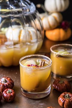 Pumpkin Patch Punch // fall cocktail ideas